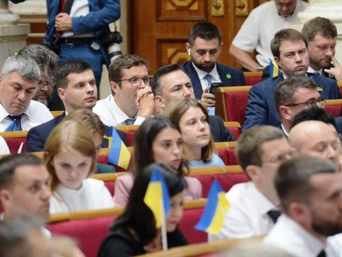 Рада отправила на доработку законопроект о ликвидации старых и создании новых РГА