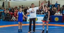 Юные харьковские борцы завоевали медали на всеукраинском турнире