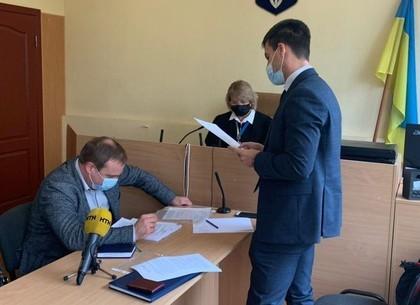 (ФОТО) В Харькове выбирают меру пресечения подозреваемому в ДТП с двумя погибшими (suspilne)