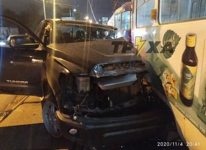 Жесткое тройное ДТП: японский пикап устроил крепкую аварию (Обновлено, Telegram)