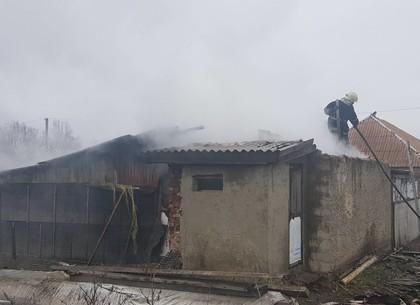 Сгорел сарай, но спасли хату: под Харьковом ликвидирован пожар (ГСЧС)