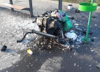 Драма на Московском проспекте: слишком разогнавшееся авто влетело в забор (ФОТО, ВИДЕО)