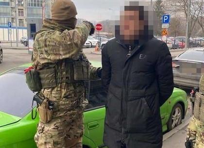 У мужчины пытались отобрать квартиру – полиция вычислила преступников (МВД)
