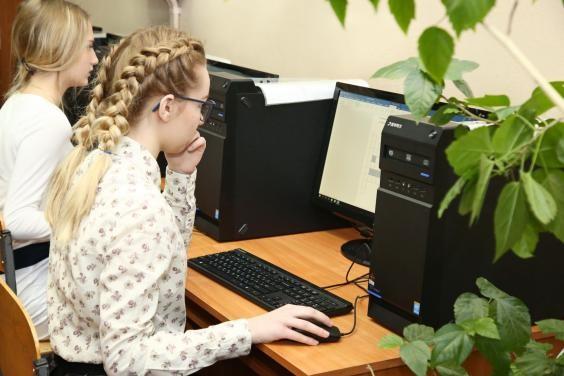 Школы в некоторых районах области, вошедших в «оранжевую» зону, ввели дистанционное обучение