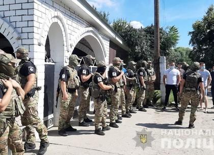 Полиция принимает усиленные меры по недопущению разгорания межэтнического конфликта в поселке Андрее