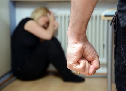 Домашнее насилие: где жертва может получить помощь