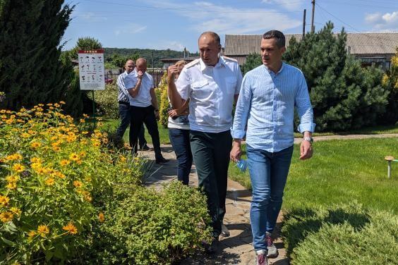 Глава ХОГА посетил Задонецкое лесничество Змиевского лесного хозяйства