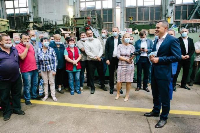 Алексей Кучер посетил ХКБМ им. А.А. Морозова