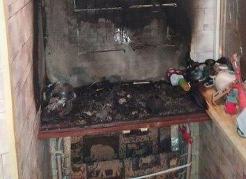 В Харькове спасли женщину из горящей квартиры