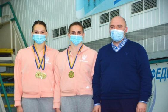 Первый день чемпионата Украины по синхронному плаванию принес Харьковской области три золотые медали