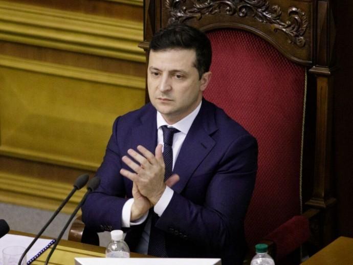 Закон вступил в силу: в Украине создадут штаб по борьбе с COVID-19 во главе с Президентом