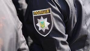 Харьковские патрульные спасли двух мужчин, которые подожгли нежилое здание (ВИДЕО)