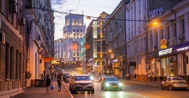 На улице Сумской ограничивается движение транспорта и пешеходов