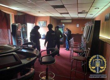 Прокуроры объявили подозрение группе харьковчанок-администраторов салтовских подпольных казино