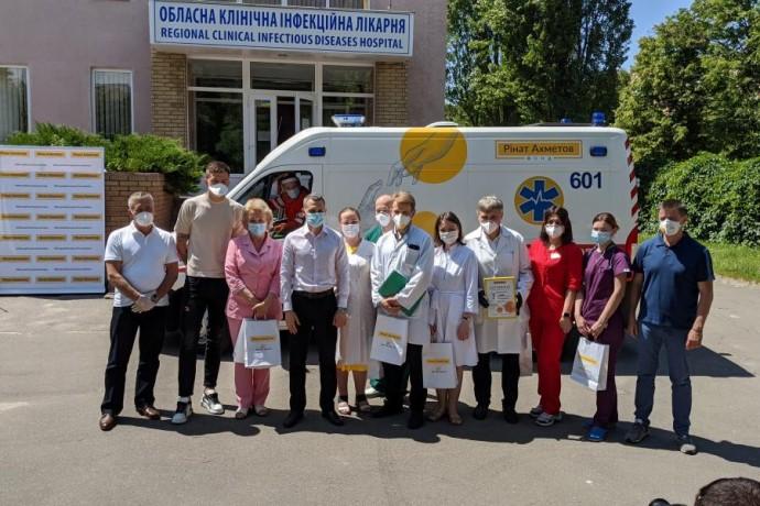 В областной инфекционной больнице увеличивается количество врачей
