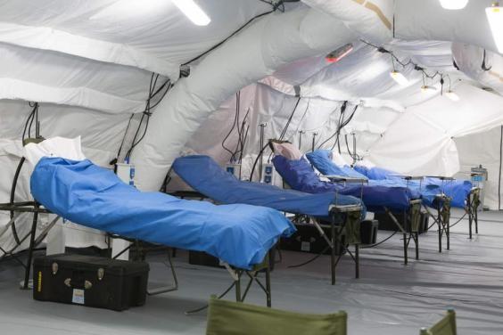 В правительстве призывают регионы развертывать мобильные госпитали