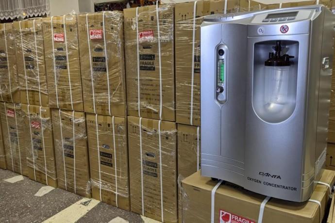 Областные и районные больницы, работающие с больными COVID-19, получили кислородные концентраторы