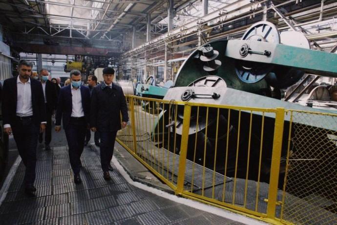 Алексей Кучер посетил крупнейшее предприятие по выпуску кабельно-проводниковой продукции в Украине