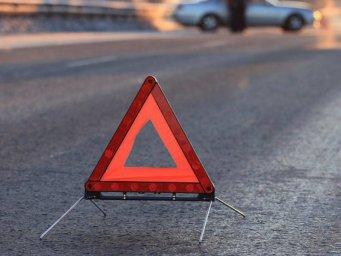 Автоледи на Lexus насмерть сбила пешехода на трассе Киев-Харьков